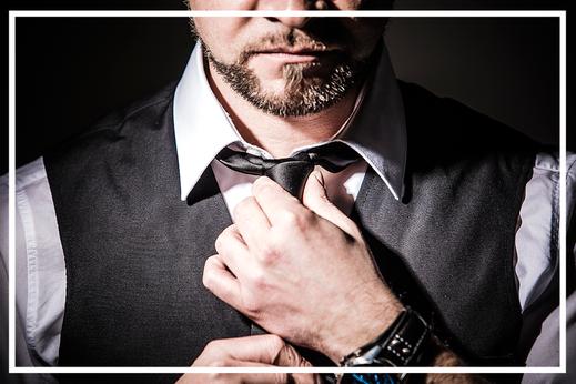 EDELweiss Ausgehfein mit Anzug und Krawatte