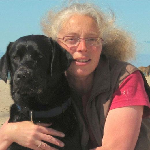 Ulrike Grasedieck mit ihrem Hund