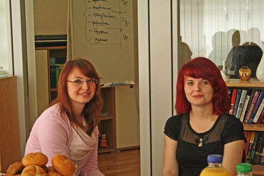 Schülerinnen im Gespräch