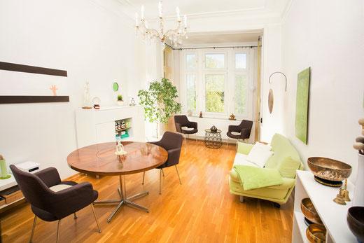 Psychotherapie, Gesprächstherapie, Traumatherapie und Kurzzeittherapie in Wiesbaden - Bild der Praxis - Anja de Boer