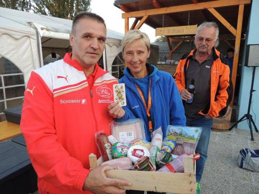 Gewinner des Schätzspieles vom Nachmittag war aus St. Pölten!