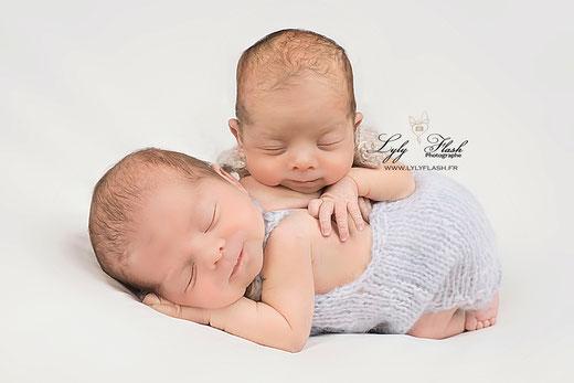meilleure photographe bébé nouveau-néjumeaux