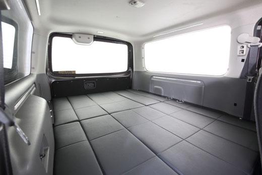 ハイエース NV350 ベッドキット フラットベッド 跳ね上げ Wフリップ トランポ 車中泊