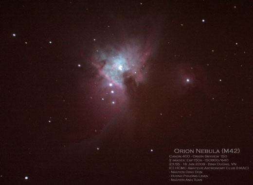 Tinh vân Orion - M42 nhìn với mắt thường(trái) và chụp ảnh qua kính thiên văn