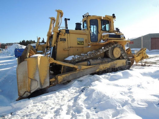 REF BU1001 - Bulldozer CATERPILLAR D8N
