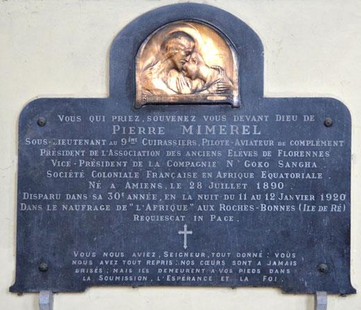 Eglise de Domqueur: plaque commémorative en l'honneur de Pierre Mimerel