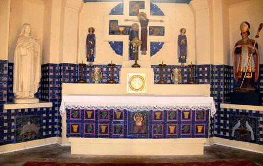Eglise de Bécordel-Bécourt: autel principal