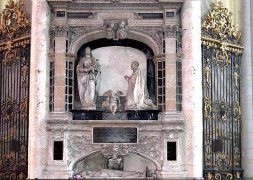 Le monument funéraire du chanoine Guillain Lucas