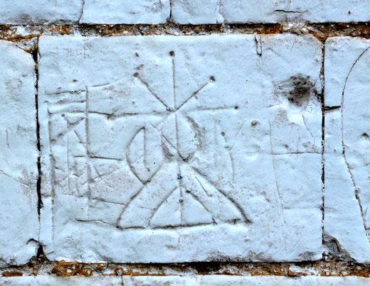 Sur les murs de l'Eglise de Montigny- Commune de Nampont-St-Martin