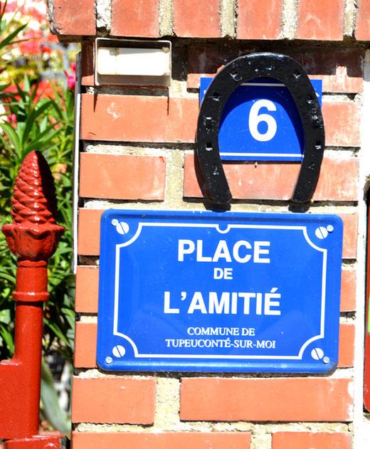 Etricourt-Manancourt: Solidarité et Amitié