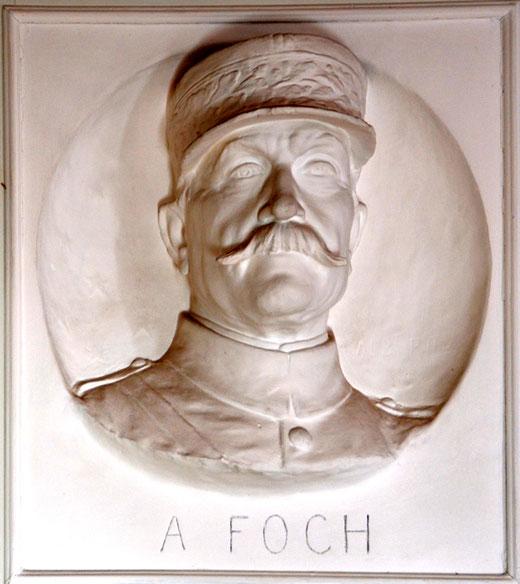 Le buste de Foch par Albert Roze