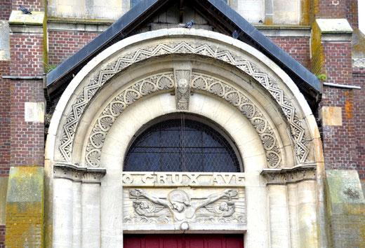 Porche de l'église Saint-Pierre de Morchain