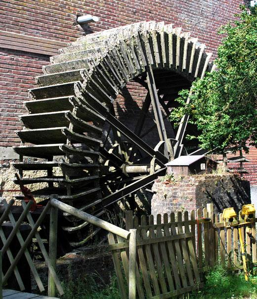 Le moulin à eau de Longpré-les-Corps-Saints