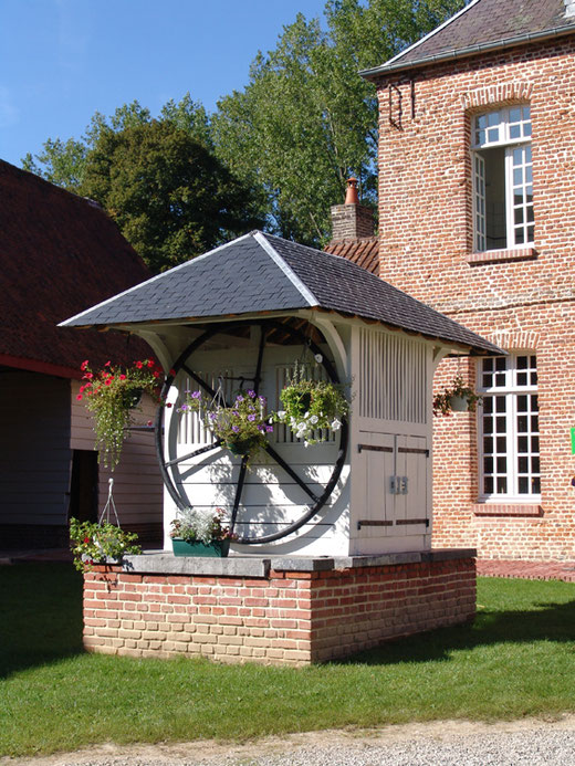 Le puits restauré du château de Gueschart