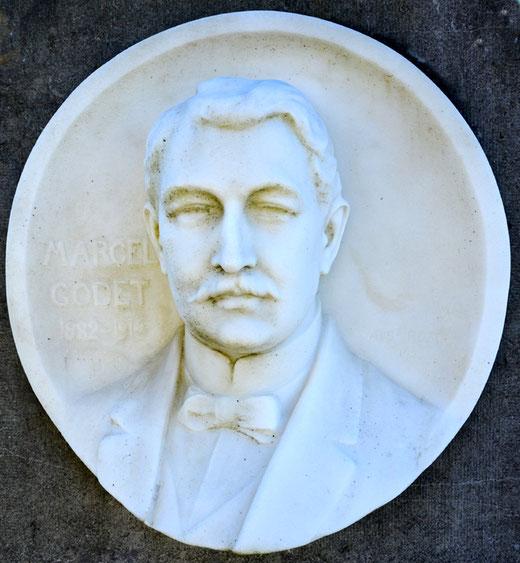 Médaillon de Marcel Godet (1882-1914) au cimetière de Neuilly l'Hôpital