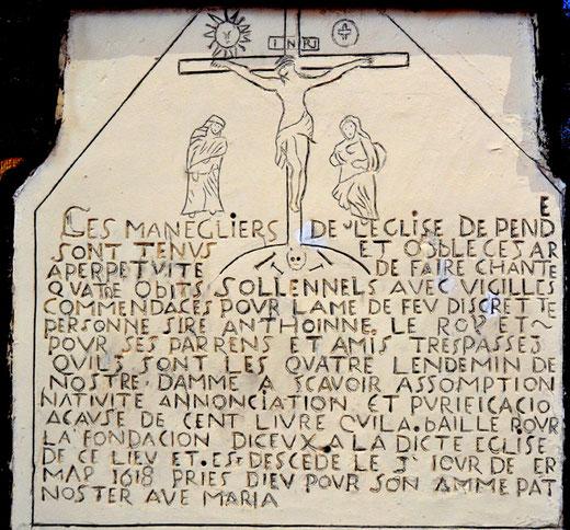 Fondation d'obit ou plaque funéraire dans l'église de Pendé: 1618