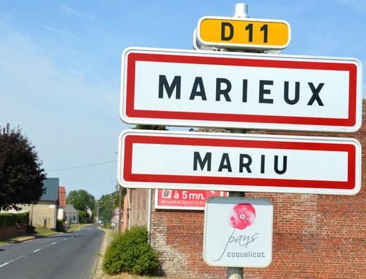 L'enseigne en picard du village de Marieux (Mariu)