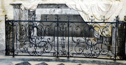 Les grilles du Mausolée par Veyren