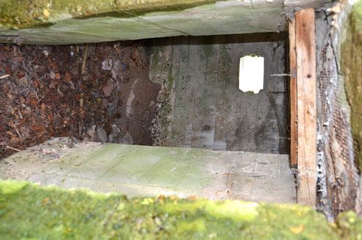 L'intérieur du bunker entre Hénencourt et Laviéville
