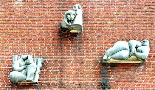 Salle de la Renaissance- LONGUEAU. Oeuvres réalisées en 1952