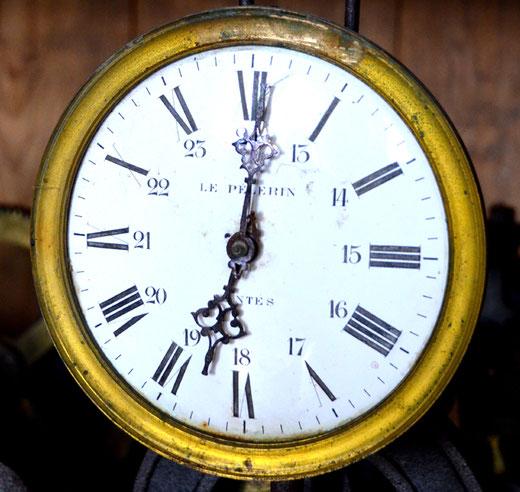 L'horloge du mécanisme provient des Ets Le Pèlerin à Nantes