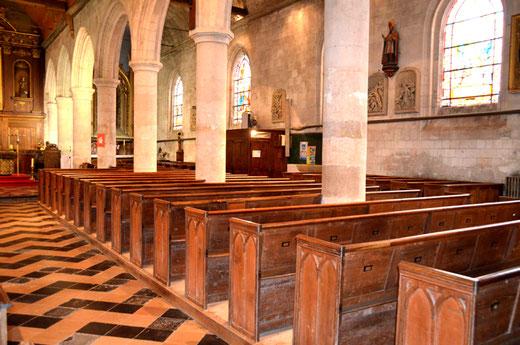 Bancs de l'église d'Hornoy-le-Bourg