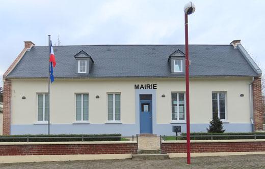 Ville-le-Marclet: Le presbytère est devenu la mairie du village- Photo: Jacques Fouré