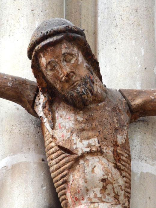 Vignacourt: Christ de l'ancienne poutre de gloire