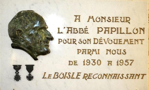 Plaque commémorative de l'abbé Papillon- Eglise du Boisle