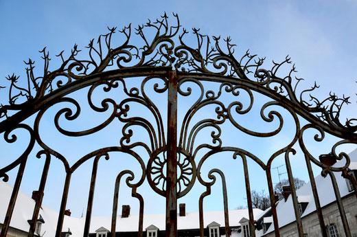Les grilles du château de Vadencourt