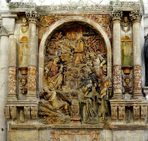 Monument funéraire de l'église Berteaucourt-les-Dames