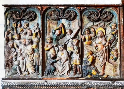 De gauche à droite: le baiser de Judas, le Couronnement d'épines, la Résurrection