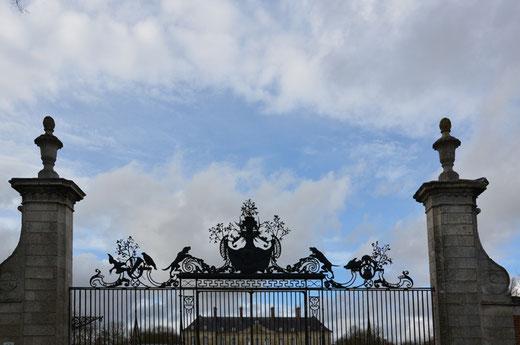 Les grilles du château de Bertangles