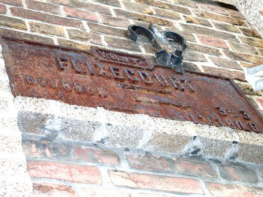 Flixecourt: une plaque directionnelle- Photo: Gégé d'Oisemont