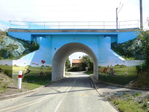 Le pont Sncf de Dernancourt- Photo: Jacques Fouré