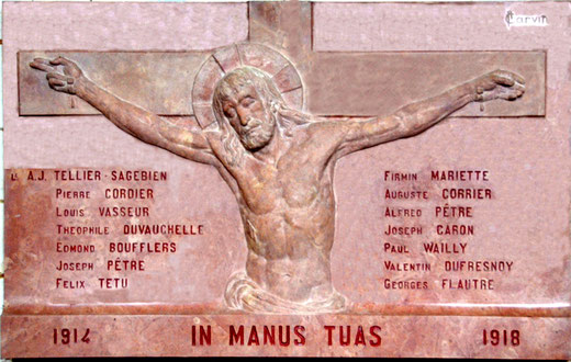 """Monument aux morts de l'église de Boufflers: """"Je me remets entre tes mains"""""""