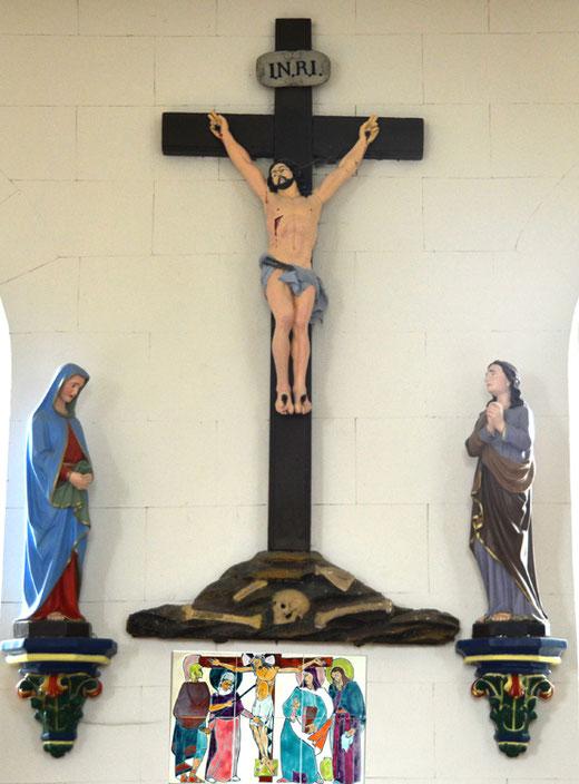 La poutre de gloire de l'église de Breilly