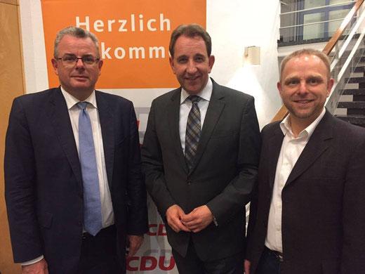 v.l.n.r. MdB Dr. Andreas Nick, MdL Matthias Lammert (Diez), Frank Holzhäuser (Diez)