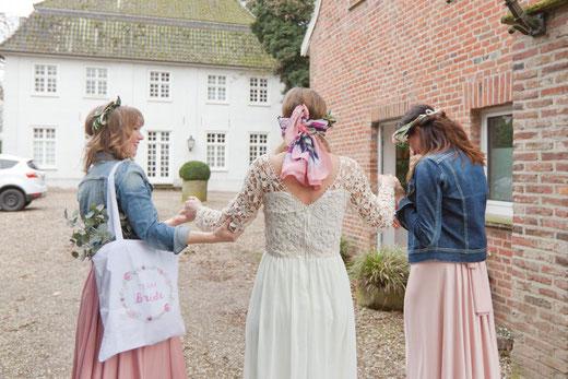 Philosophy Love, Hochzeitsblog, Freie Trauung, Brautkästchen, The Wedding Lodge, JGA, Jungesellinnenabschied, Brautparty, Brideparty, ABO, Düsseldorf, NRW