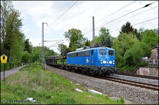 140 845-9 (PRESS 140 008-6) durchfährt am 7. Mai 2015 mit Autoleerzug den ehemaligen Abzweig Furth in Richtung Chemnitz Hbf. Bei dem Zug handelt es sich um einen Umleiter