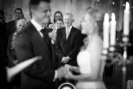 English wedding ceremony, marriage ceremonies in Germany/Deutschland, e.g. in Frankfurt am Main, Wiesbaden, Rheingau, Heidelberg, Mainz, Hessen, Rhein-Main, Bavaria, etc.englischsprachig