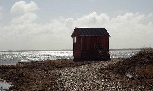 Vogelbeobachtungshütte am See (noch geschlossen)