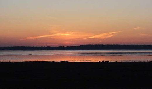 Sonnenaufgang über der Ho-Bucht