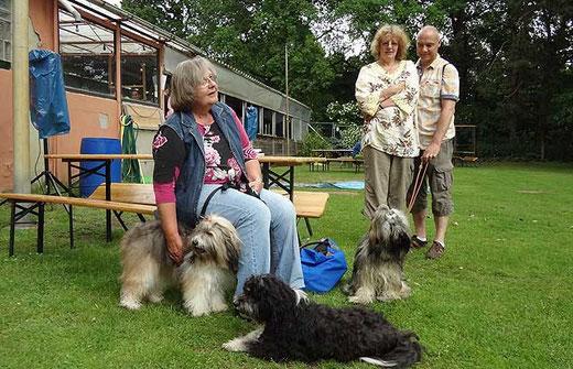 Treffen auf dem Hundeplatz in Groß-Gerau