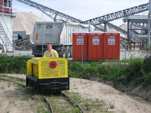 Spoorijzer 109 en ikzelf tijdens de indienststelling op 17 juli 2005 te Erlecom