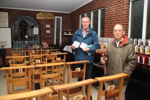 André Vanhamel en Romain Driesmans (rechts) in de Kapel Hamelheide
