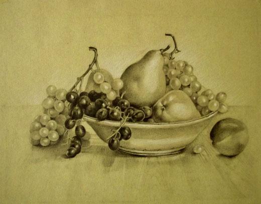Gianfranco Castelli - Natura morta con pere e uva - matita e pastello su carta gialla  30 x 22