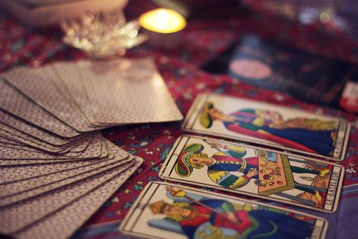09cef7f66289ef Existe-t-il des cours par correspondance pour apprendre le tarot