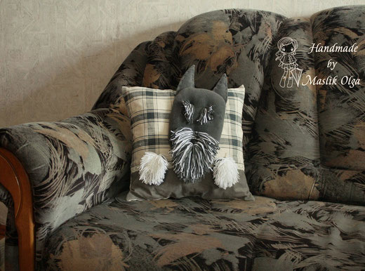 подушка-собака шнауцер. Авторские игрушки Маслик Ольги