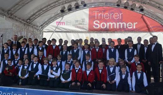 Auftritt mit den Trierer Sängerknaben im Brunnenhof